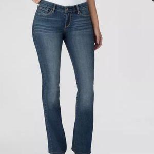 Denizen from Levi's Women's Blue Wash Jeans Sz 6